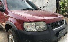 Mobil Ford Escape 2003 terbaik di Jawa Barat
