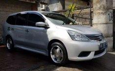 Dijual mobil bekas Nissan Grand Livina SV, Bali