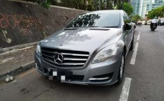 Mobil Mercedes-Benz R-Class 2011 R 300 terbaik di DKI Jakarta