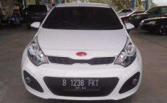 Jawa Tengah, jual mobil Kia Rio 2013 dengan harga terjangkau
