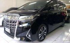 Mobil Toyota Alphard 2018 G terbaik di Jawa Timur