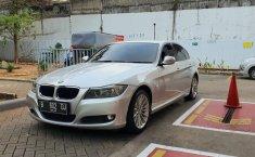 Jual mobil BMW 3 Series 320i 2010 bekas di DKI Jakarta