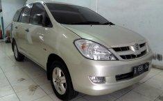 Jual mobil bekas Toyota Kijang Innova 2.5 G 2006 dengan harga murah di Sumatra Utara