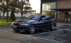 Jual cepat BMW 3 Series 330i 2003 di DKI Jakarta