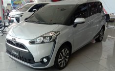 Toyota Sienta V 2019 terbaik di Jawa Timur