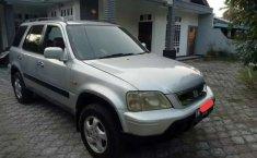 Mobil Honda CR-V 2001 dijual, Riau