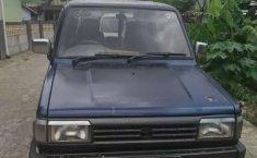 Jawa Barat, Toyota Kijang 1994 kondisi terawat