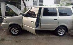 Mobil Toyota Kijang 2001 LX terbaik di Jawa Barat
