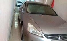Mobil Honda Accord 2004 VTi dijual, Jawa Timur