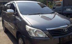 Jawa Timur, jual mobil Toyota Kijang Innova E 2.0 2012 dengan harga terjangkau