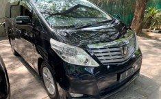 Mobil Toyota Alphard 2010 G terbaik di Jawa Timur