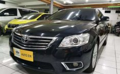 Mobil Toyota Camry 2010 V dijual, Banten