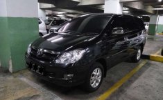 Mobil Toyota Kijang Innova 2006 V Luxury dijual, Bali