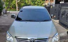 Jawa Barat, Toyota Kijang Innova G 2013 kondisi terawat