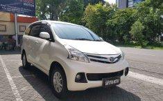 Mobil Daihatsu Xenia 2015 R DLX dijual, Jawa Timur