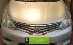 Jual mobil Nissan Grand Livina SV 2017 bekas, Jawa Timur