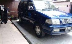 Jawa Barat, Toyota Kijang LGX 2002 kondisi terawat