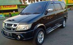 Mobil Isuzu Panther 2012 LS dijual, Jawa Tengah