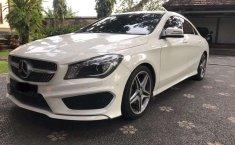 Mobil Mercedes-Benz CLA 2014 200 dijual, Bali