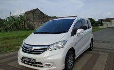 Honda Freed 2013 Jawa Barat dijual dengan harga termurah