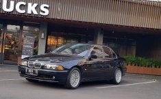 Jual mobil BMW 5 Series 530i 2001 bekas di DKI Jakarta