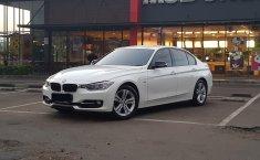 Dijual mobil bekas BMW 3 Series 320i 2014, DKI Jakarta