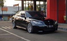 Dijual mobil bekas BMW 5 Series 523i 2008, DKI Jakarta