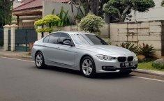 Jual cepat BMW 3 Series 320i 2013 bekas di DKI Jakarta
