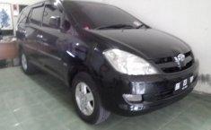 Dijual mobil bekas Toyota Kijang Innova 2.0 G 2005 harga murah di Sumatera Utara