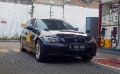 Jual mobil bekas BMW 3 Series 320i 2006 dengan harga murah di DKI Jakarta