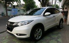 Dijual mobil bekas Honda HR-V E Automatic 2017, Jawa Timur
