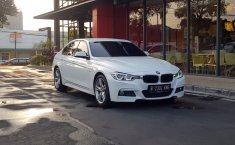 Jual mobil BMW 3 Series 320i 2016 murah di DKI Jakarta