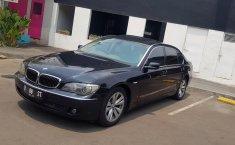Jual mobil BMW 7 Series 730 Li 2005 murah di DKI Jakarta