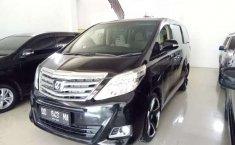 Sulawesi Selatan, Toyota Alphard X 2012 kondisi terawat