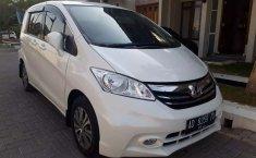 Jual Honda Freed PSD 2014 harga murah di Jawa Tengah