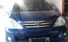 Toyota Avanza 2004 Jawa Tengah dijual dengan harga termurah