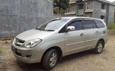 DIY Yogyakarta, jual mobil Toyota Kijang Innova 2.0 G 2005 dengan harga terjangkau