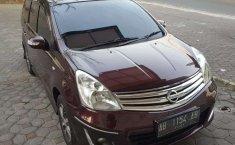 Jual Nissan Grand Livina Highway Star 2011 harga murah di DIY Yogyakarta