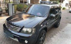 Mobil Ford Escape 2007 XLT dijual, Banten
