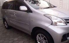 Mobil Daihatsu Xenia 2013 R dijual, Jawa Timur