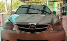 Jawa Barat, Toyota Avanza E 2008 kondisi terawat