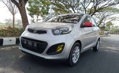Jual Kia Picanto SE 2011 harga murah di Jawa Timur