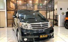 Mobil Toyota Alphard 2004 G terbaik di Jawa Timur