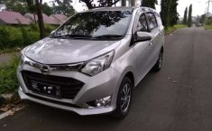 Jual mobil bekas murah Daihatsu Sigra R 2017 di Lampung