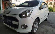 Mobil Daihatsu Ayla 2015 X terbaik di Jawa Tengah