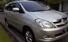 Toyota Kijang Innova 2007 Jawa Timur dijual dengan harga termurah