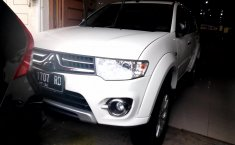 Mobil Mitsubishi Pajero Sport Exceed 2015 terawat di Sumatra Utara