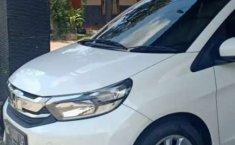 Jual mobil bekas murah Honda Mobilio E 2017 di Jawa Timur