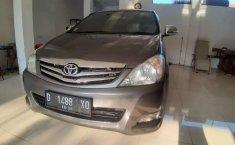 Jual cepat Toyota Kijang Innova 2.0 G 2010 di Jawa Barat