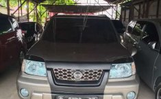 Kalimantan Selatan, Nissan X-Trail ST 2004 kondisi terawat